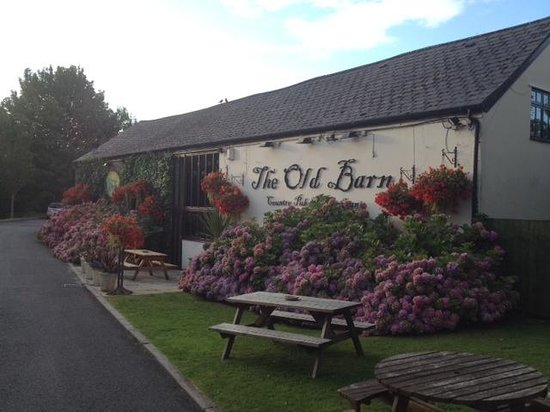 The Old Barn Inn: Gorgeous flowers