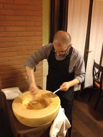 Nerino Dieci Trattoria : preparazione spaghetti turanici