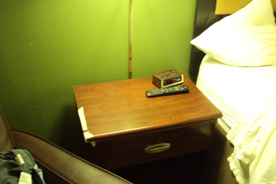 Extended Stay America - Phoenix - Peoria : Mueble con cinta