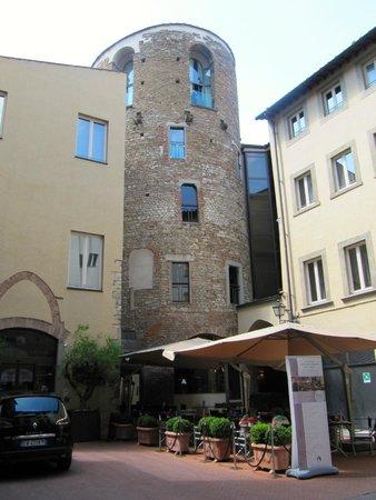 Hotel Brunelleschi: Vue extérieure de l'hôtel