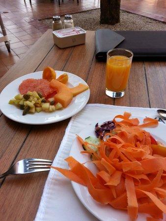 Hotel Les Jardins de l'Agdal : Завтрак. Морковка.