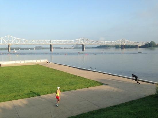 Louisville Waterfront Park: ohio river views