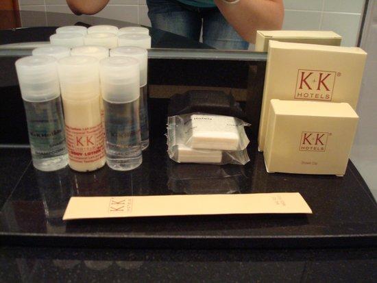 K+K Hotel Opera: Kit di prodotti da bagno