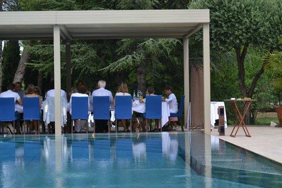 La Villa Duflot: Restauration am Pool