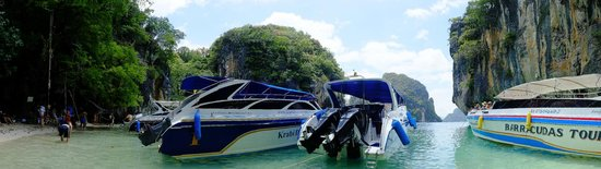 Centara Anda Dhevi Resort and Spa: Take A Boat out to Paradise