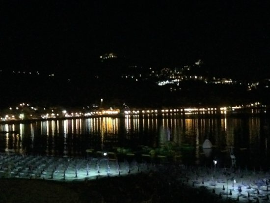 Hotel Sporting Baia: Evning view form room