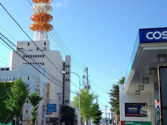Super Hotel Aomori: 信号の向こうはNTT
