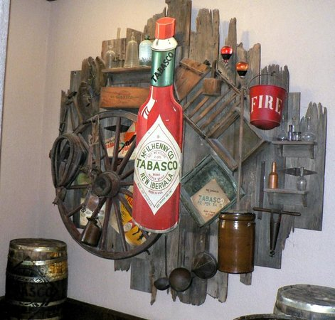Tabasco Visitor Center and Pepper Sauce Factory: One of few displays