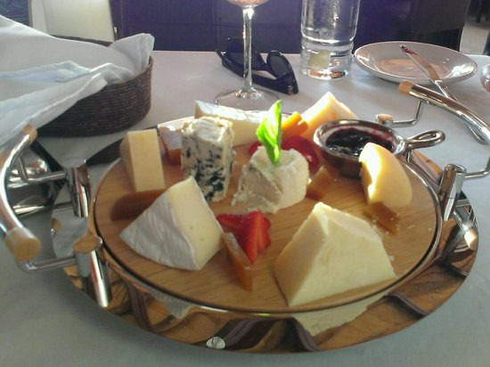 Bistro Teresa: Cheese Plate