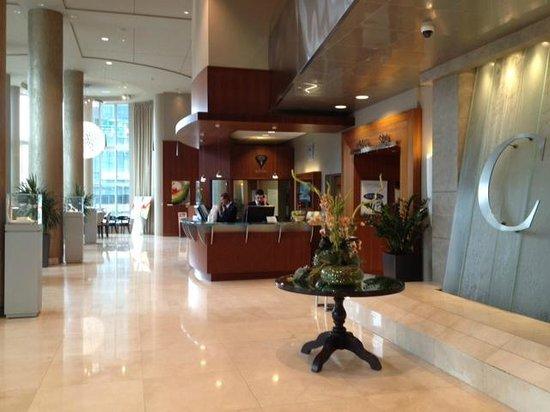 Hotel Le Crystal : hotel lobby