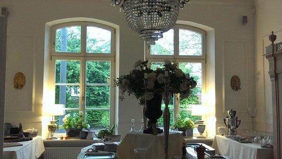 Hotel Hochzeitshaus: edler Platz für's Buffet