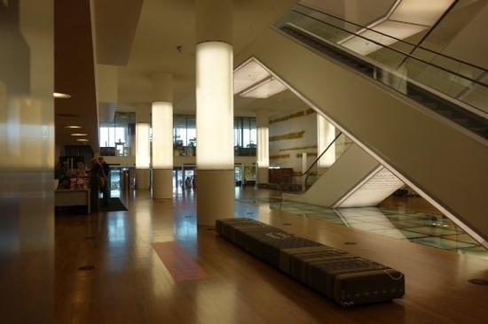 Bibliothèque centrale (Openbare Bibliotheek) : interior