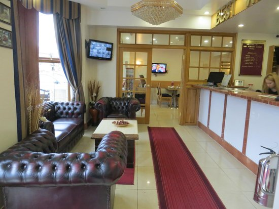 Best Western Greater London Hotel: Lobby und Rezeption