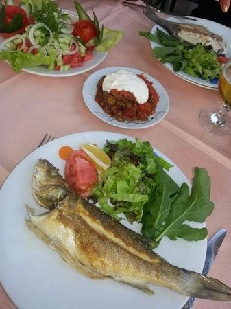 Aspendos Restaurant: Fresh fish