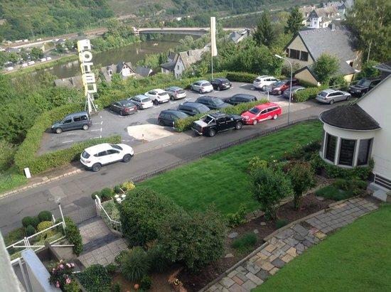 Moselromantik-Hotel THUL: parking van hotel
