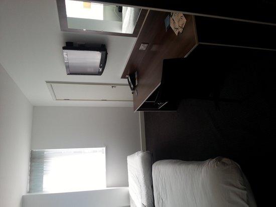 Days Inn Liverpool City Centre: room 505