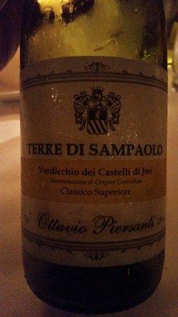 San Siro; gedronken heerlijke wijn die niet op kaart staat en eigenlijk geen €48 mag kosten maar