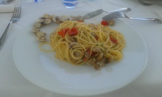 Terrazzamare restaurant : spaghetti alle vongole