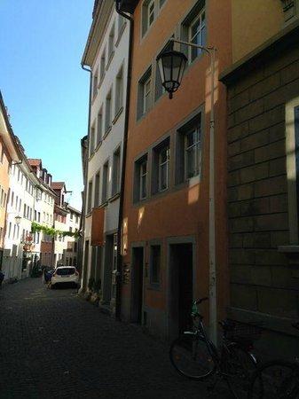 Niederburg: Narrow streets, good for walking