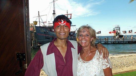 Captain Hook Barco Pirata Pirate Ship: The acrobat
