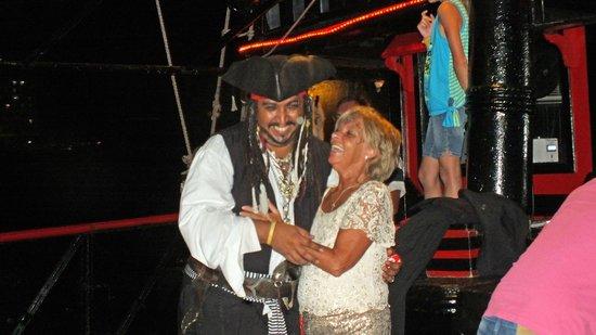 Captain Hook Barco Pirata Pirate Ship: The Captain