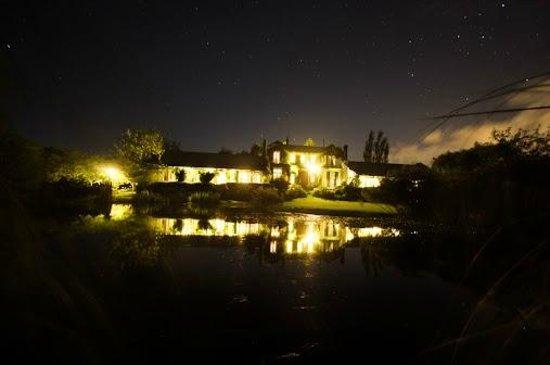 La casa de loslimoneros: Vista nocturna