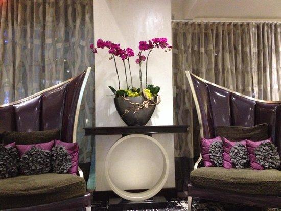 Luxe City Center Hotel: Beautiful decor