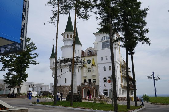 "Salavat Yulaev Monument: Парк ""Олимпик"""