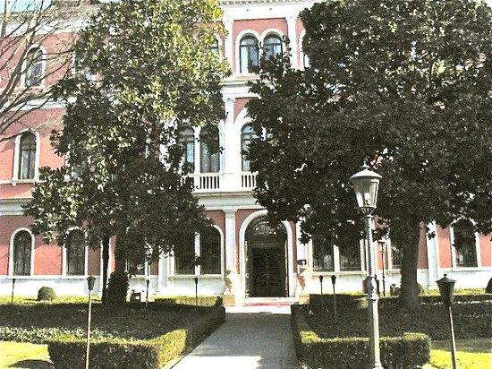 San Clemente Palace Kempinski: Hotel front