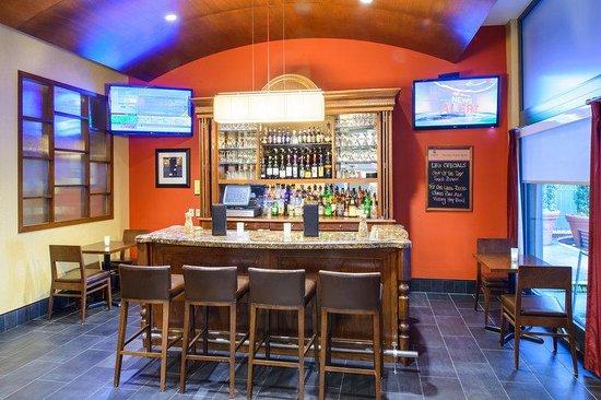 Hampton Inn Philadelphia Center City - Convention Center: Lobby Bar