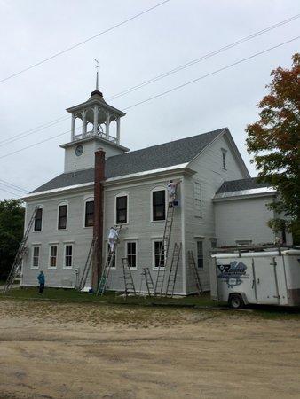 Follansbee Inn: Church