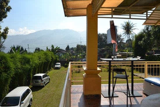 The Cibulan Suites Hotel: View from Level 2, Children Play Ground