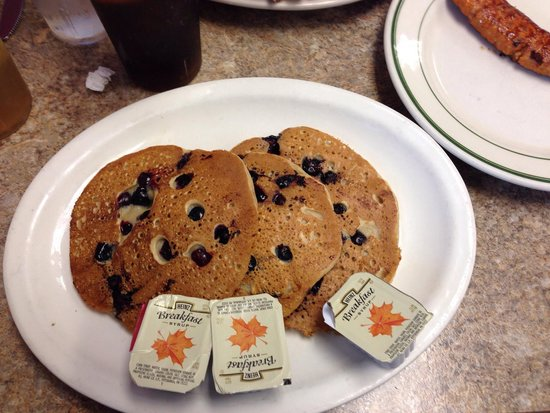 Clary's Country Corner Restaurant: Blueberry pancakes