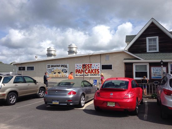 Clary's Country Corner Restaurant: Outside