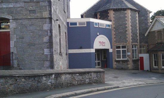 Mutley Baptist Church: Outreach and cafe