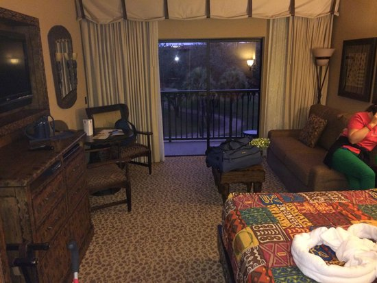 Savannah view studio bedroom picture of disney 39 s animal - 2 bedroom villa animal kingdom kidani ...