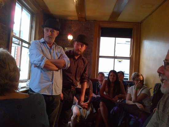 Dublin Literary Pub Crawl: The Duke Pub