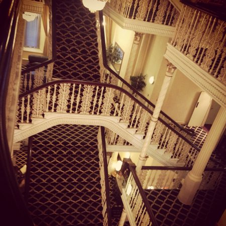 Britannia Manchester Hotel: Staircases