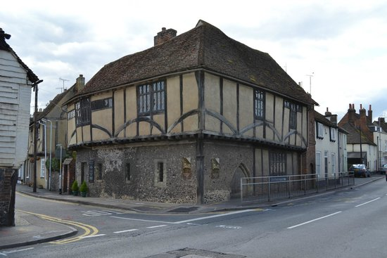 Ospringe, UK: Maison Dieu from the A2