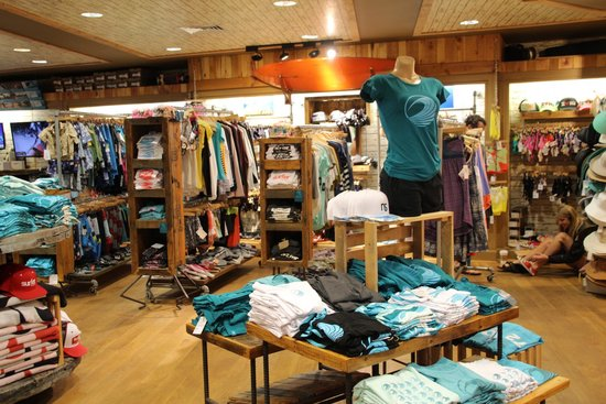 Turtle Bay Resort: The gift shop/ North Shore Watershed
