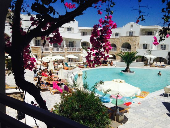 Aegean Plaza Hotel: our beautiful view in the morning