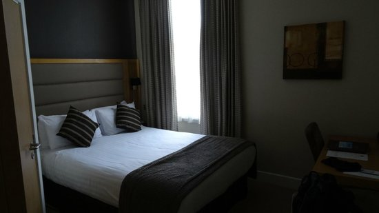 Best Western The Boltons London Kensington: Bed