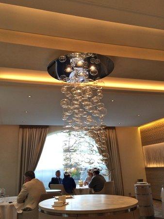 Restaurant de l'Hôtel de ville de Crissier : cascata di sapori