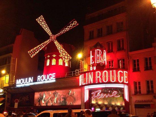 Moulin Rouge: Знаменитый Мулен Руж)