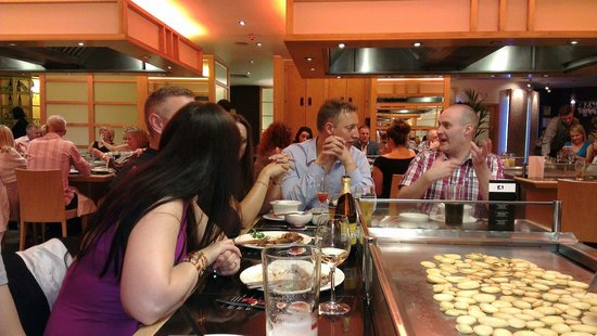 Sapporo Teppanyaki - Manchester : Those potatoes waiting to be hurled in your direction
