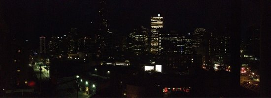 Sutton Place Hotel Vancouver: View from the room