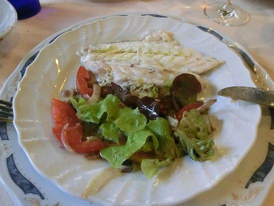 L'Osteria di Giovanni: peixes com saladas