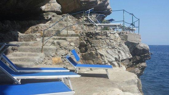 Hotel Torre Saracena : Piattaforma sul mare