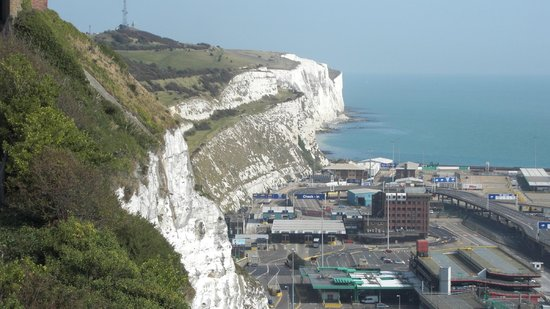 White Cliffs of Dover: La scogliera vista dalla postazione area Castello