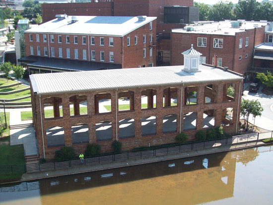 Hampton Inn & Suites Greenville - Downtown - Riverplace : View from our room
